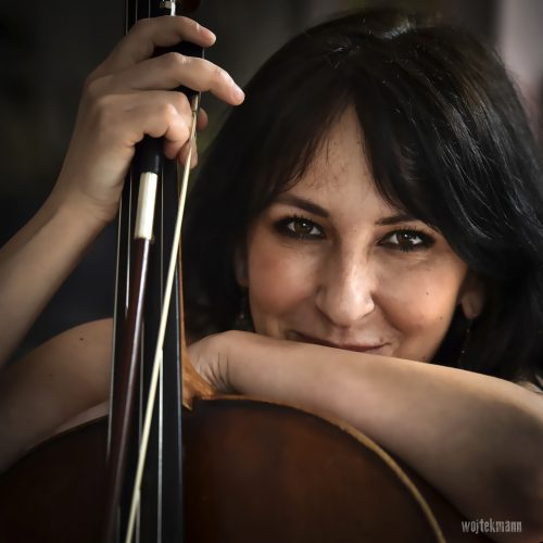 Anna_Szarek_cello.jpg (827 KB)